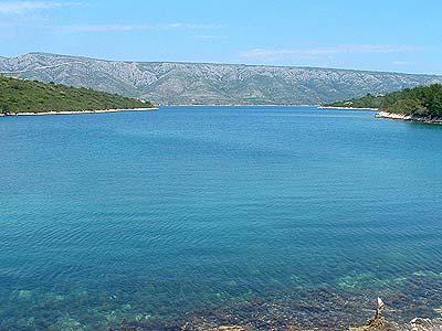 Scedro croazia hvar guide turistiche per le vacanze in for Appartamenti isola hvar
