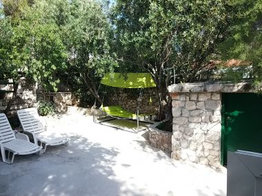 Casa vacanza Ivica - charming house next to the sea H(2+2) Sevid - Riviera Trogir  - Croazia